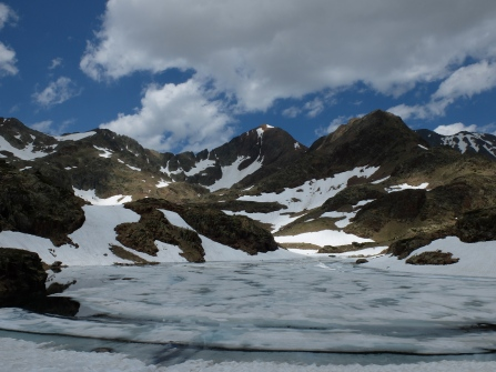 Eté dans les vallées, hiver en montagne...