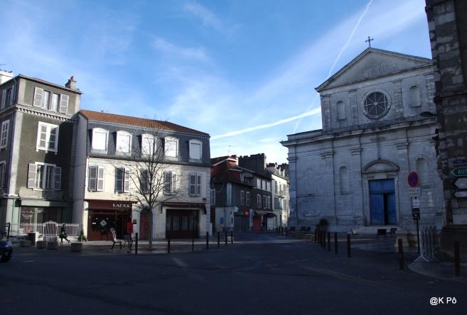 Pau, saint Louis de Gonzig-zague un matin de novembre 2015